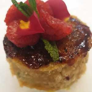 Lasaña de lentejas y arroz con velouté de Garam Masala / Pudding de dulces Navideños